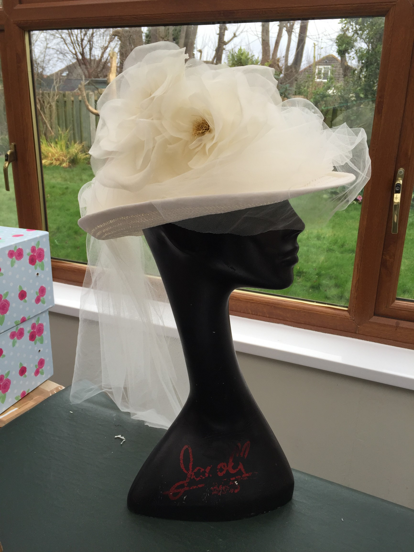 Bridal hat made by Sue Wood Millinery
